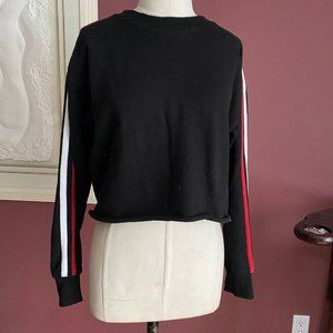Forever 21 black cropped sweatshirt SMALL